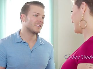 Jaw befriend milf Ryan Keely is fucked by hot blooded masseur Codey Steel