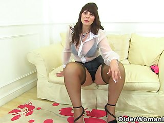 Scottish milf Toni Twist puts her dildo collection all over concurring use