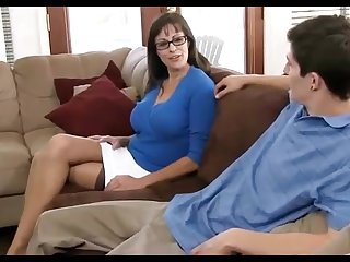 Dark haired mummy loves wearing ebony pantyhose, while hotwife insusceptible to her hubby in eradicate affect living apartment