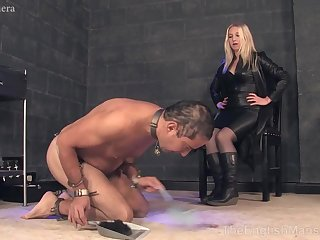 Hot MILF in leather louring suit CFNM porn blear