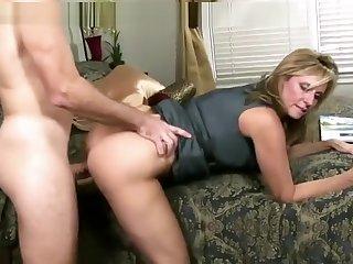 Attractive buxomy MILF Jodi West got a spermshot on her element