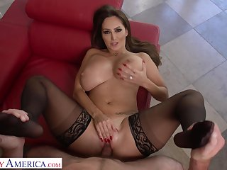 Bushwa craving full-grown Ava Addams gets there in big cock