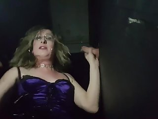 Essex Girl Lisa Drag inflate Lots of Prick at make an issue of Glory Hole and gets Loads of Jizz