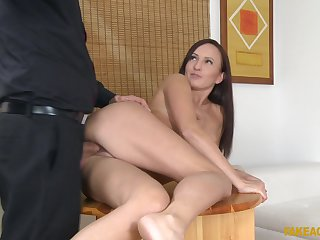 After a failed relationship, hot Tina Belle fucks vanguard of the camera
