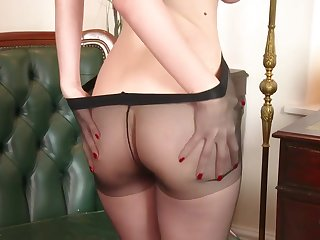 Stella Cox - Apple of someone's eye up for pantyhose?