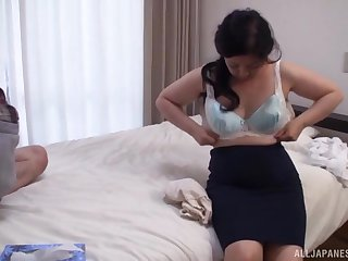 Pussy licking makes broad in the beam Kawa Tayurie wet and ready wide be fucked