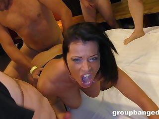 Amateur gangbang at abode for a horny mature wife who loves cum
