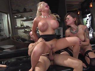 Beware blowing women in scenes of insane threesome